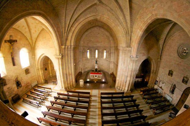 Iglesia románico-gótica
